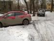 Екатеринбург, ул. Хуторская, 10: условия парковки возле дома