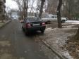 Екатеринбург, ул. Азина, 15: условия парковки возле дома