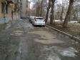 Екатеринбург, ул. Луначарского, 36: условия парковки возле дома