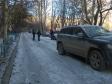 Екатеринбург, ул. Начдива Онуфриева, 36: условия парковки возле дома
