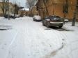 Екатеринбург, ул. Славянская, 35: условия парковки возле дома