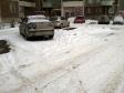Екатеринбург, ул. Крестинского, 17: условия парковки возле дома