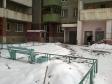 Екатеринбург, ул. Крестинского, 25: приподъездная территория дома