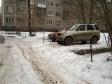 Екатеринбург, ул. Уральская, 68/2: условия парковки возле дома