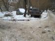 Екатеринбург, ул. Уральская, 52/1: условия парковки возле дома