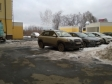 Екатеринбург, ул. Пионеров, 1: условия парковки возле дома
