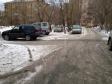 Екатеринбург, ул. Гурзуфская, 15А: условия парковки возле дома