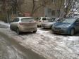 Екатеринбург, ул. Гурзуфская, 49: условия парковки возле дома