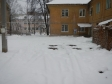 Екатеринбург, ул. Лобкова, 8: условия парковки возле дома