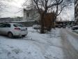 Екатеринбург, ул. Кузнецова, 4: условия парковки возле дома