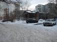 Екатеринбург, ул. Калинина, 11: условия парковки возле дома