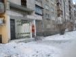 Екатеринбург, Industrii st., 28: приподъездная территория дома