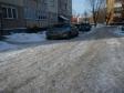 Екатеринбург, Lomonosov st., 10: условия парковки возле дома