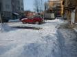 Екатеринбург, ул. Калинина, 63: условия парковки возле дома