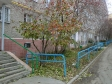 Екатеринбург, ул. Военная, 10: приподъездная территория дома