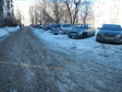 Екатеринбург, ул. Академика Бардина, 36: условия парковки возле дома