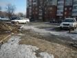 Екатеринбург, ул. Титова, 17Б: условия парковки возле дома