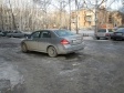 Екатеринбург, ул. Куйбышева, 103: условия парковки возле дома