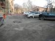 Екатеринбург, ул. Луначарского, 187: условия парковки возле дома