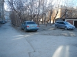 Екатеринбург, ул. Мичурина, 68: условия парковки возле дома