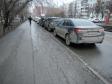 Екатеринбург, ул. Тверитина, 11: условия парковки возле дома