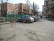 Екатеринбург, ул. Челюскинцев, 19: условия парковки возле дома