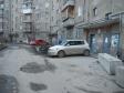 Екатеринбург, Azina st., 46: приподъездная территория дома
