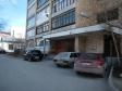 Екатеринбург, ул. Азина, 40: приподъездная территория дома