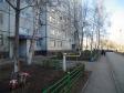Тольятти, б-р. Космонавтов, 13: приподъездная территория дома