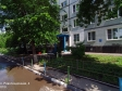 Тольятти, Revolyutsionnaya st., 4: приподъездная территория дома