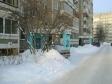 Екатеринбург, ул. Академика Постовского, 16: приподъездная территория дома