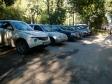 Екатеринбург, ул. Щорса, 60: условия парковки возле дома