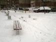 Екатеринбург, ул. Крестинского, 25: площадка для отдыха возле дома