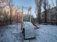 Тольятти, ул. Комзина, 27: детская площадка возле дома