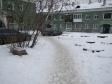 Екатеринбург, ул. Корепина, 17: площадка для отдыха возле дома