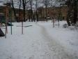 Екатеринбург, ул. Корепина, 27А: площадка для отдыха возле дома