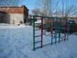 Екатеринбург, Ordzhonikidze avenue., 19: спортивная площадка возле дома