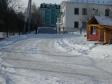 Екатеринбург, Lomonosov st., 8: спортивная площадка возле дома