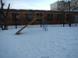 Екатеринбург, Bakinskikh Komissarov st., 26: площадка для отдыха возле дома