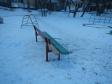 Екатеринбург, ул. Академика Бардина, 42: площадка для отдыха возле дома