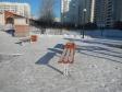 Екатеринбург, ул. Юлиуса Фучика, 5: площадка для отдыха возле дома