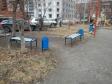 Екатеринбург, ул. Декабристов, 51: площадка для отдыха возле дома