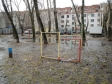 Екатеринбург, Dekabristov st., 16/18Б: спортивная площадка возле дома