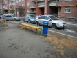 Екатеринбург, ул. Декабристов, 45: площадка для отдыха возле дома