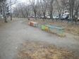 Екатеринбург, ул. Большакова, 9: площадка для отдыха возле дома