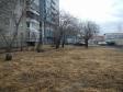 Екатеринбург, ул. Ткачей, 8: спортивная площадка возле дома