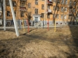 Екатеринбург, ул. Бажова, 43: площадка для отдыха возле дома