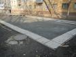 Екатеринбург, ул. Луначарского, 21: площадка для отдыха возле дома