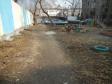 Екатеринбург, ул. Челюскинцев, 31: площадка для отдыха возле дома