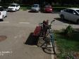 Тольятти, б-р. Баумана, 5: площадка для отдыха возле дома
